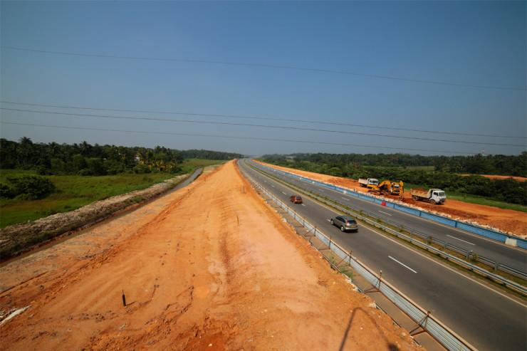 Outer Circular Highway Athurugiriya Interchange